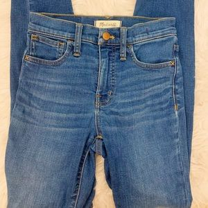 Madewell Roadtripper Jeans 23